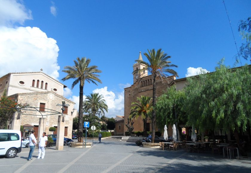 church square, sant llorenc