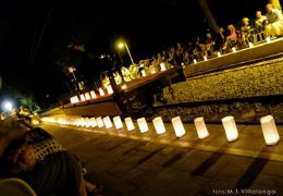 1 piano and 200 candles at bunyola train station