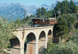 train excursion to soller